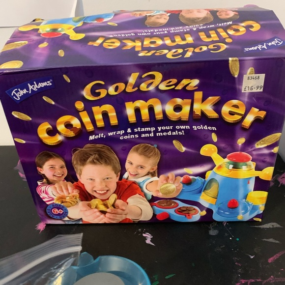 Chocolate coin maker - used comp. w/ instructions